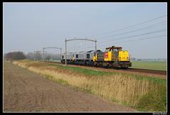 RN6436+EU06+EU07_Gz_06042007 (Dennis Koster) Tags: tilburg trein nedtrain dbs hulten rn railion class66 6436 cb1000 goederentrein eu06 eu07 waalhavenzuid loctrein cb1001 20058725006 20058725007
