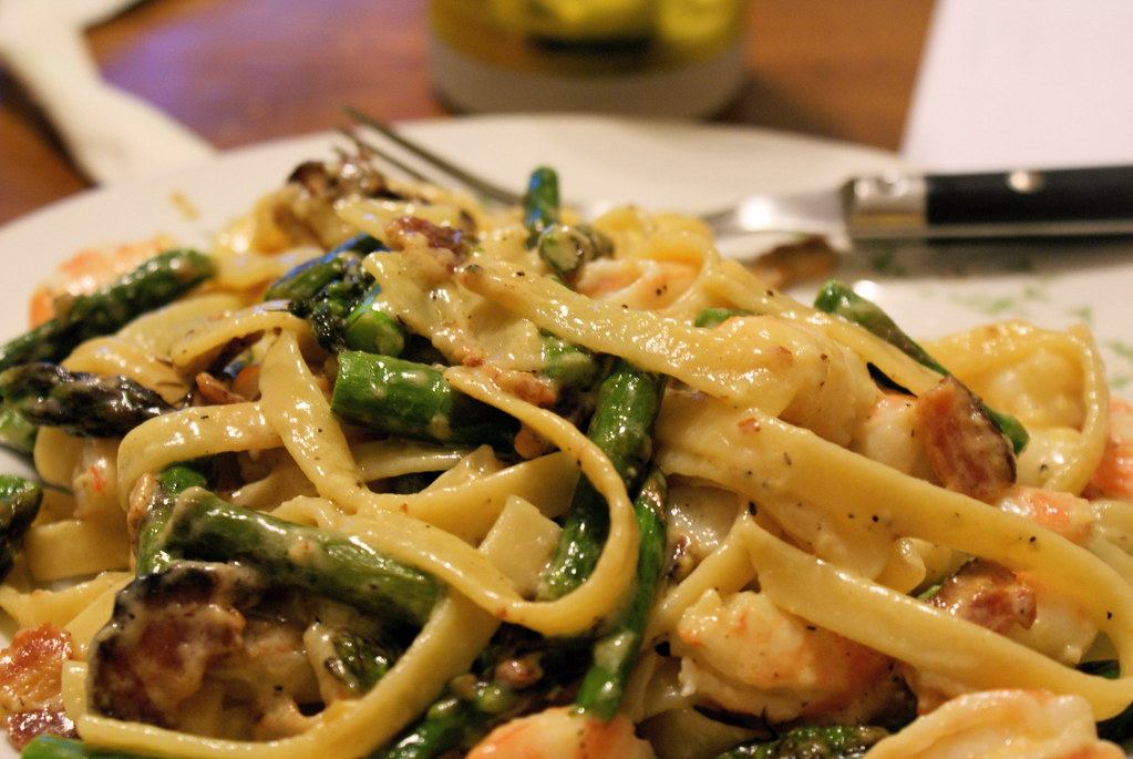 Pasta with shrimp, bacon, asparagus, and cheese sauce | the lay ...