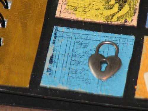 Distress Crackle Notebook 008
