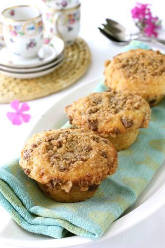 Heath Bar Chocolate & Toffee Coffee Cake Muffins Recipe