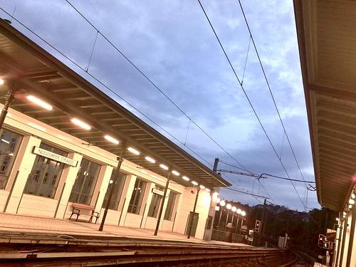 Warten auf die nächste U6 in der Station Nußdorfer Straße.
