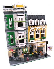 Kelly Green Deli and the Gold Jazz Cafe (lgorlando) Tags: lego jazz modular deli greengrocer cafecorner
