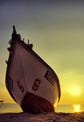 terengganu.. miss u! (Harizazman) Tags: lighting camera light beach backlight photoshop boat nikon asia ray natural outdoor colorfull adobe malaysia coloring kit truly kampung tone 1870mm melayu comercial cls beutiful toning cs3 nelayan d90 mywinners harizazman
