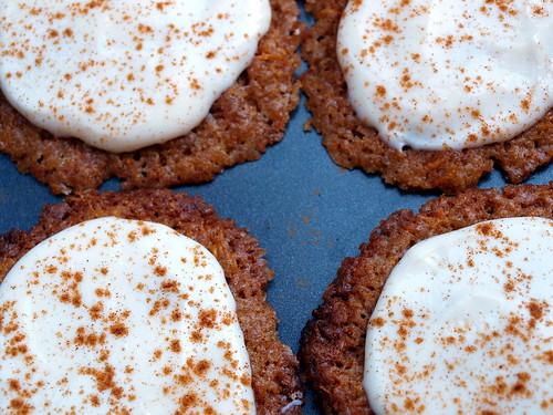 Carrot Cake Cookies mit Creamcheese Icing
