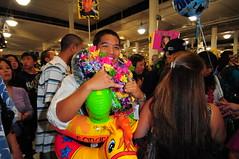 Punahou Graduation 2010 118 (jvl007) Tags: hawaii nikon lei d200 50mmf14 punahou d300 sb800 2470mmf28 1224mmf4 flyingo buffnblu graduationclass2010 neilsblaisdellcenterarena