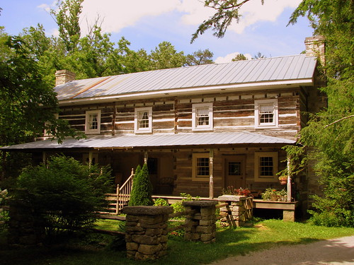Rocky Springs Stagecoach Inn at Falls Mill