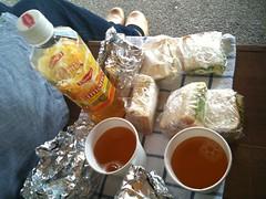 100609 庭でサンドイッチ