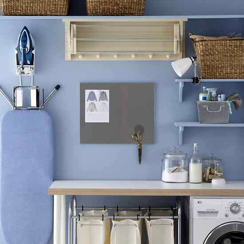 laundry-room-viahousetohome.jpg