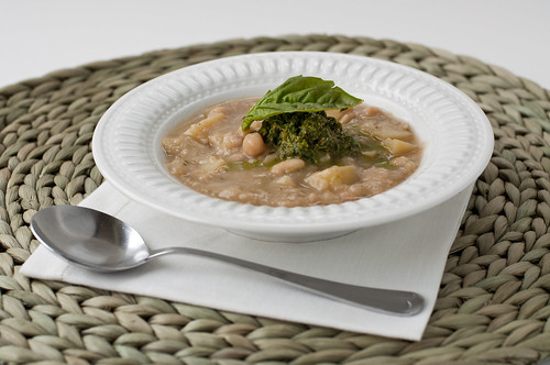 Chilled White Bean and Pesto Soup