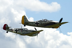 F-AZZJ & G-BWUE - Flugwerk FW 190 A8 N & Hispano HA-1112-M1L Buchon - 090712 - Flying Legends 2009 Duxford - Steven Gray - IMG_1337