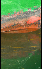 Abstract green reflection (Mario Curci (Satrevi)) Tags: reflection verde green see boat barca mare bow riflesso torreamare prua 70210f4 nikond300 nonsoperchlapubblico