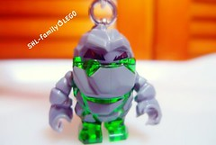 mamaS lego- power miners- rock monster