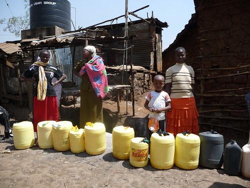 Flickr: Engineering at Cambridge - Victoria Hickman - 'Water shortages in Kibera'