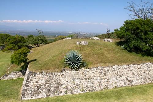 150.PiramideGemela