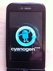 Cyanogen's Froyo (Android 2.2) booting