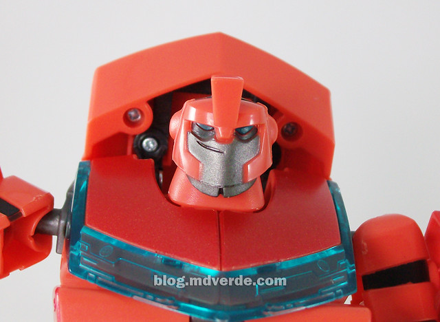 Transformers Ironhide Animated Deluxe Takara - modo robot