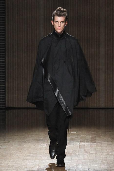 Gabriel Gronvik3108_SS11_Tokyo_ato(Fashionsnap)