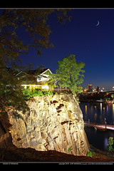 Fly me to the Moon (jblandscapes) Tags: river photography brisbane brisbaneriver landscapenight canon1740l eos450d