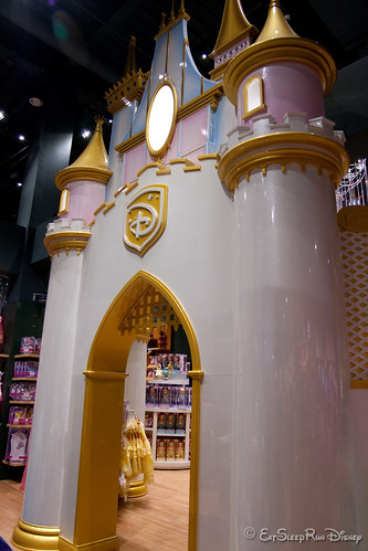 Huge 2-story princess castle