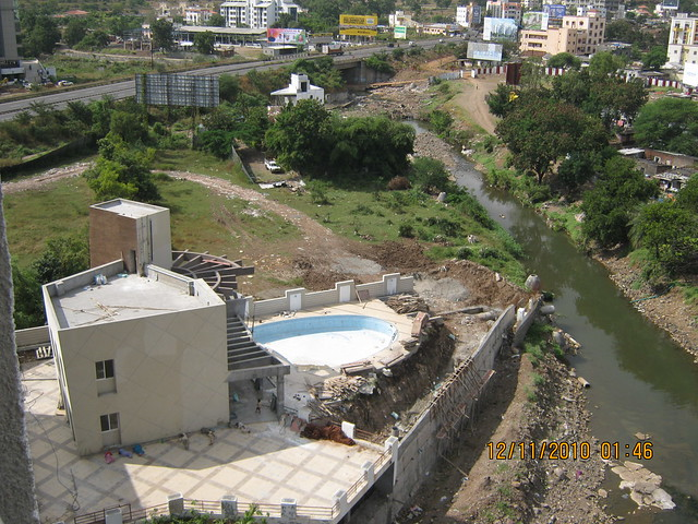 Club House and Swimming Pool of Pinnacle Brook Side at Bavdhan Pune