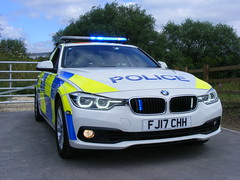 5575 - Derbyshire Constabulary - FJ17 CHH - 002 (Call the Cops 999) Tags: uk gb united kingdom great britain england derbyshire saturday 1 july 2017 999 112 emergency service services vehicle vehicles hero heroes police constabulary law enforcement 101