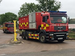 Cambridgeshire Fire & Rescue HVP (slinkierbus268) Tags: cambridgeshire fireandrescue man hvp high volume pump fireappliance fireengine hertfordshire