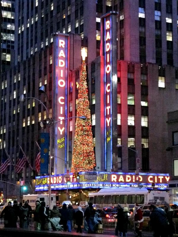 nyc-xmas-radio-city-music-hall