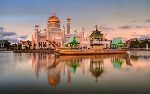 Brunei 18