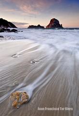 Sensual Waves (Muchilu) Tags: morning sunrise island xpro nikon waves d sigma sensual amanecer ibiza toni es eivissa 1020 isla hort cala octane calcetines mojado cokin d90 resfriado vedranell cutres vedrà muchilu sensualwaves lineaslines