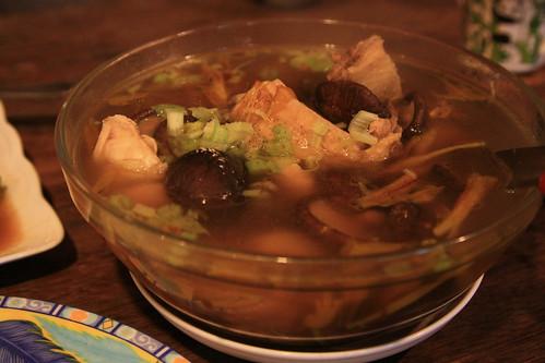 金針香菇雞湯