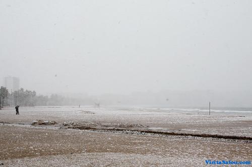 Nevando en la Playa de Salou