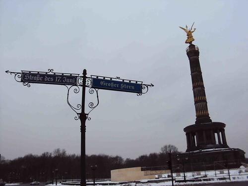 Victory Column, Berlin by Rosemarie Ramos