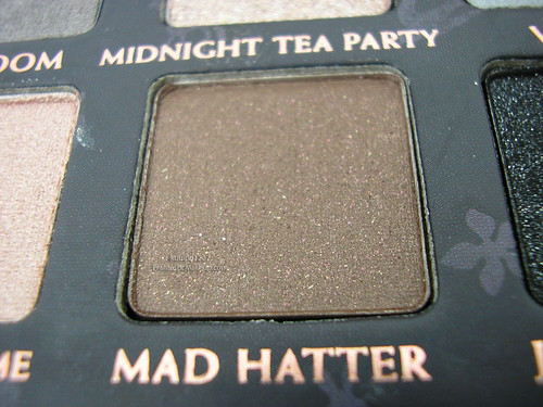 Urban Decay Alice In Wonderland Palette - Mad Hatter