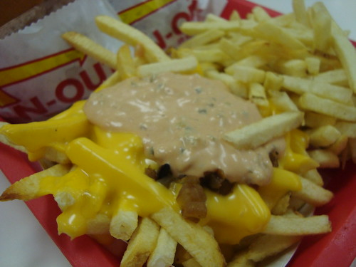 Animal Style & Regular Fries @ In-N-Out