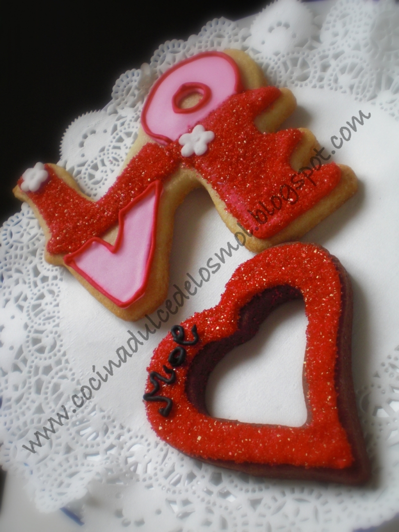 2GALLETAS LOVE, LETTERS AND KISS