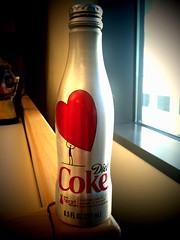 red bottle aluminum heart dietcoke cocacola iphone womenshearthealth fromiphone aluminumbottle stayextraordinary hearttruthgov dietcokecom