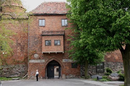 Ryzalit bramy wjazdowej na zamek w Kętrzynie, z wykuszem z 1528 roku