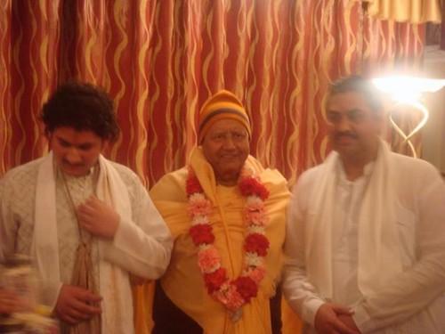 H H Krishna Das Swami -0002 por ISKCON desire tree.