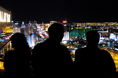 IMG_0739 Silhouette (Jenn Ewing) Tags: silhouette skyline canon neon lasvegas nevada thestrip casinos foundationroom dpssilhouettes