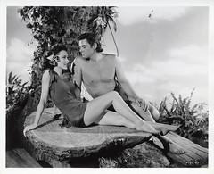 7000-0213 (AliceJapan ʕ •ᴥ•ʔ) Tags: johnny maureen mgm 1941 weissmuller johnnyweissmuller maureenosullivan o'sullivan tarzan'ssecrettreasure