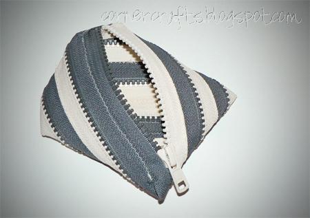 two tone zipper coin purse