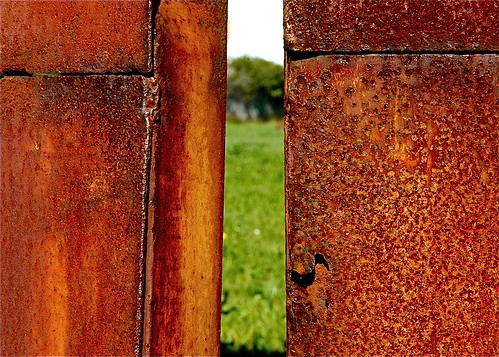 abriendo puertas a la esperanza by eMecHe