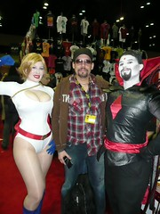 Rodney Ramos, Power Girl and Mister Sinister (BelleChere) Tags: costume orlando cosplay megacon powergirl mistersinister rodneyramos