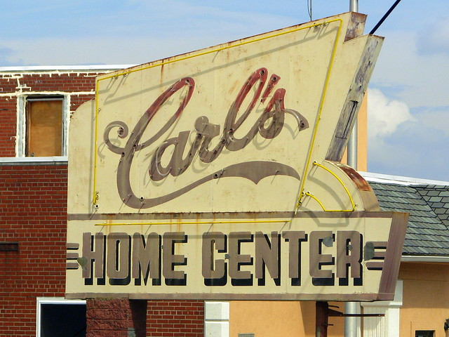 Carl's Home Center neon sign