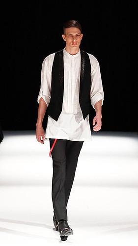 Felipe Dominici310_SS10_Tokyo_GalaabenD