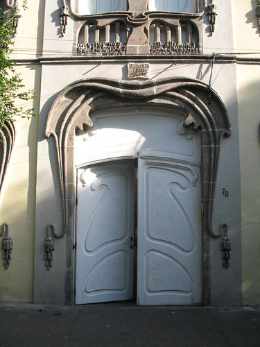 Roma art nouveau doorway