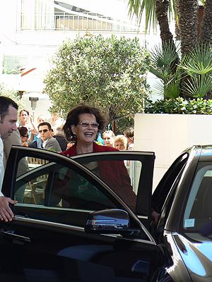 Claudia cardinale, voiture.jpg