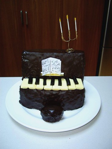 Piano cake with Rock Lobster sheet music