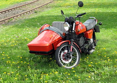 MZ ETZ 250 mit Beiwagen (happycat) Tags: germany bayern ku mz beiwagen gespann oberfranken sternfahrt kulmbach etz250 motorradgespann motorradsternfahrt motorcyclecombination sidecarmotorcycle 10sternfahrtkulmbach2010