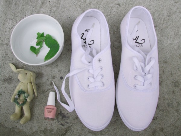 white trainers and mint